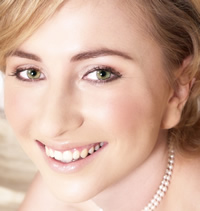 Bride in her wedding day make-up